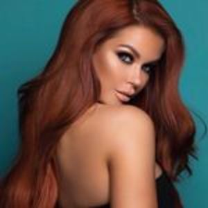 @jessahinton's profile picture on influence.co