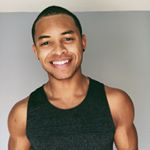 @yogawithdeandre's profile picture