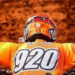 @jetrosalazar920's profile picture on influence.co