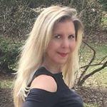 @rachelferrucci's profile picture on influence.co