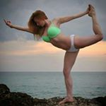 @bikiniyoga_'s profile picture on influence.co