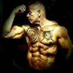 @phyziqued_pro_fitness's profile picture on influence.co