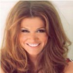 @lynettecarolla's profile picture on influence.co