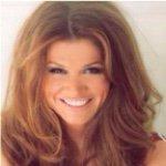 @lynettecarolla's Profile Picture