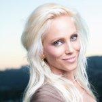 @carolinegrane's profile picture on influence.co