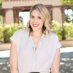 @lindsayrutland's profile picture on influence.co