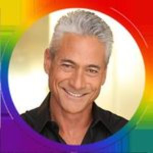 @greglouganis's profile picture on influence.co