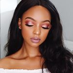 @mihlalii_n's profile picture on influence.co