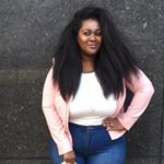 @thecurvyhousewife_'s profile picture on influence.co
