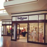 @dollhouse_fairlane_mall's profile picture on influence.co
