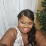 @_sofashionplus's profile picture on influence.co