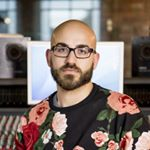 @nollyperiphery's profile picture on influence.co