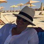 @nadiazarkani's profile picture on influence.co