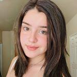 @sasharosekhatami's profile picture on influence.co