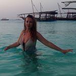 @cristinaianovici's profile picture on influence.co