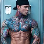 @tatted_and_fit's profile picture on influence.co