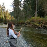 @islandgirlfishing's profile picture on influence.co