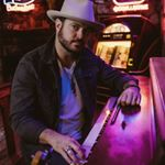 @wadebowen's profile picture on influence.co
