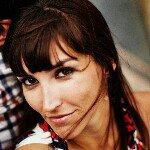 @emilyinchile's profile picture on influence.co