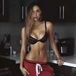 @dailyfitbabes's profile picture on influence.co