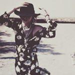 @iamastraea's profile picture on influence.co