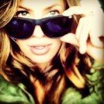 @whereintheworldisshe's profile picture on influence.co