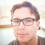 @jameshutson's profile picture on influence.co