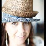 @lorijones93's profile picture on influence.co