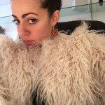 @evavalerio's profile picture on influence.co