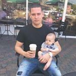 @dereckgrammm's profile picture on influence.co