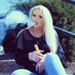 @bella_izusia's profile picture on influence.co