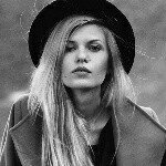 @annievoloshenko's profile picture on influence.co