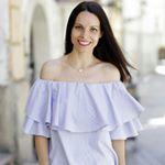 @iamtinachic's profile picture on influence.co