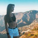 @iuliiatravels's profile picture on influence.co