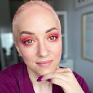 @itsdesireerose's profile picture on influence.co
