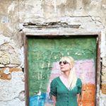 @dizzymissjames's profile picture on influence.co