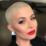 @vthemakeupartist's profile picture on influence.co