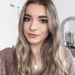 @elizabethjolive's profile picture on influence.co