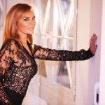 @lory_del_santo's profile picture on influence.co