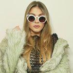 @catabalzano's profile picture on influence.co