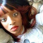 @laraelomax's profile picture