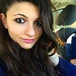 @teutashabani's profile picture on influence.co