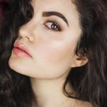 @dounia_aerts's profile picture on influence.co