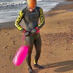 @newnewwaveswimbuoy's profile picture