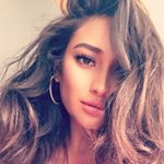 @shaymitchell's profile picture on influence.co