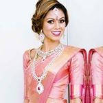 @tiabhuva's profile picture on influence.co