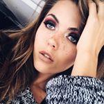 @elizabethmarochok's profile picture on influence.co