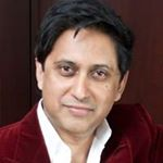 @drsrinipillay's profile picture on influence.co