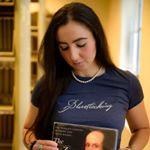 @bluestockinglife's profile picture on influence.co