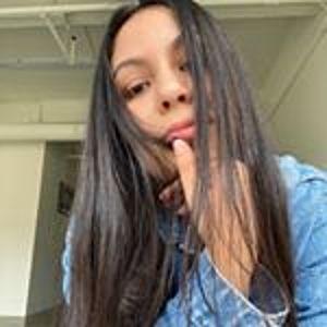 @elizabethvzurita's profile picture on influence.co